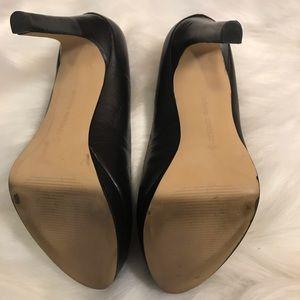 Banana Republic Shoes - Banana republic leather black heel sz 6.5